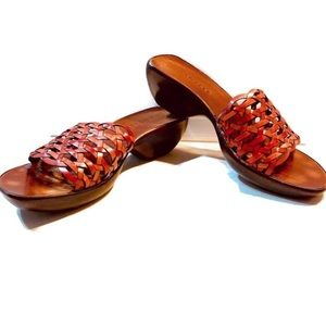 Danelle Red wooden and Leather Sandals